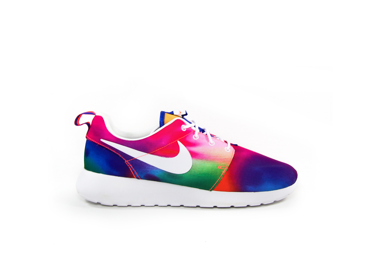brand new 68a96 09829 Nike Roshe Run Tie Dye